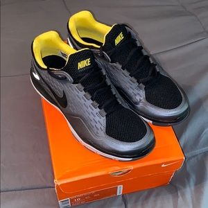 NEW Nike Free Xilla TR Trainer Shoes 10